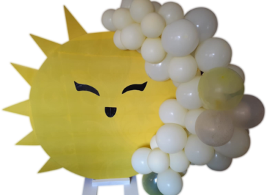Round backboard with balloons
